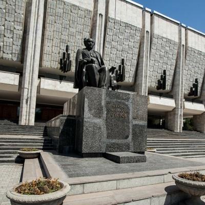 M.Áýezov atyndaǵy Qazaq memlekettik akademııalyq drama teatry
