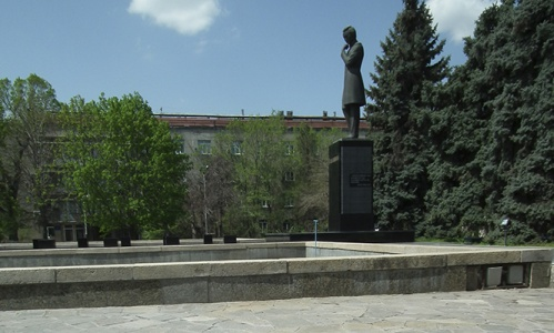 Дәрежан Өмірбаев. Кітап әлемі (VIII)