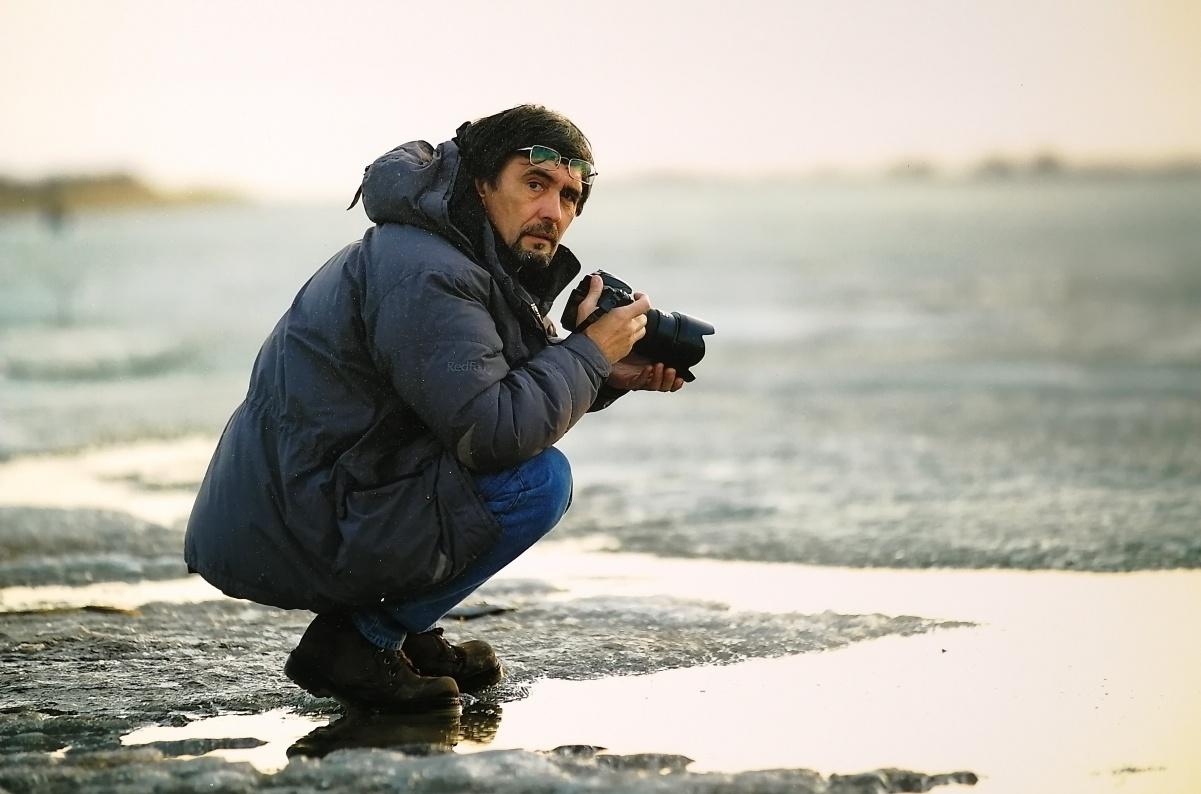 Олег Беляловтың «Жан дүние географиясы» ретроспективті фотокөрмесі ашылды
