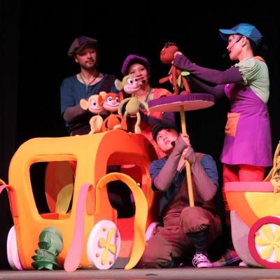 Қуыршақ театры балалар мерекесіне қайырымдылық койылымын ұсынады
